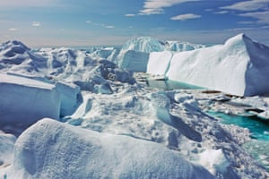 Free-floating ice floats by Ilulissat Icefjord