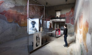 Original objects were laser-scanned and 3D-printed for a display in the House of the Beautiful Courtyard in Herculaneum.