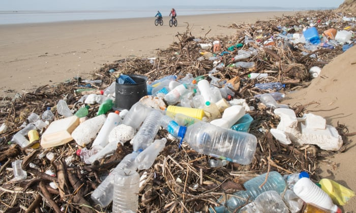 e54b0e4d88 Biodegradable plastic 'false solution' for ocean waste problem |  Environment | The Guardian