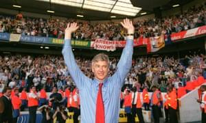 Arsène Wenger celebrates after Arsenal win the Premier League unbeaten in 2004.