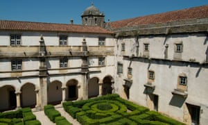 Portugal's government says an investigation is under way into claims about the Convent of Christ, a Unsesco world heritage site.