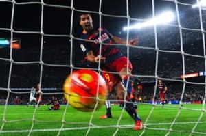 5) Luis Suárez (Liverpool - Barcelona, 2014) £75m