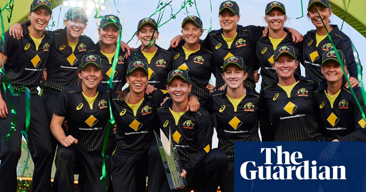 Cricket Australia commit to pay parity for women's World T20 - The Guardian