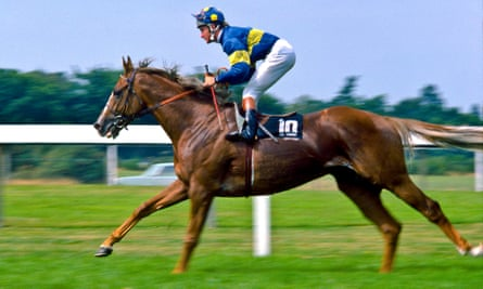 Grundy, the eventual winner, going to the start of the 1975 King George.