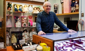 Wallace Kotharz's pawn shop has given him a vantage point on the decline of manufacturing in the rust belt.