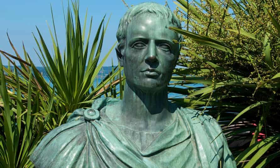Bust of Catullus in a garden