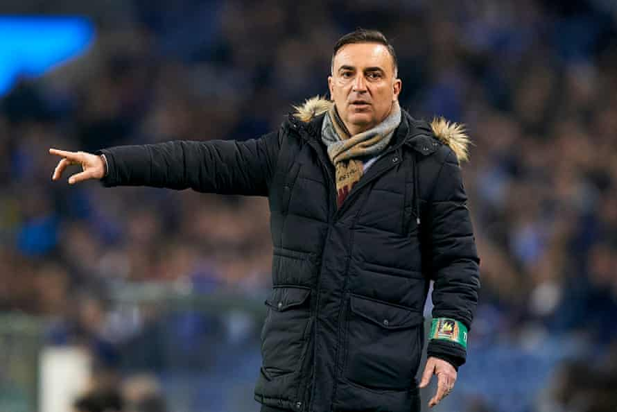 Carvalhal on the touchline at the match against Porto.
