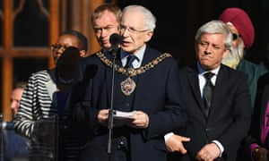 The half-hour vigil began with Eddy Newman, Manchester's lord mayor, paying tribute to the emergency services.
