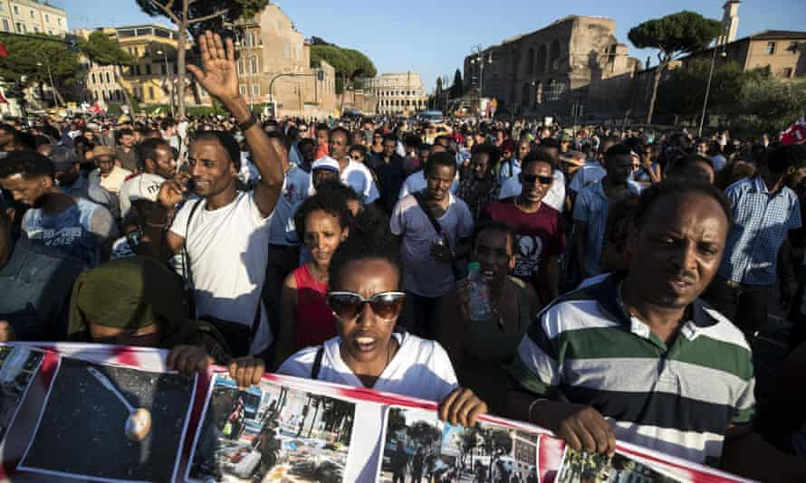 People march in Rome