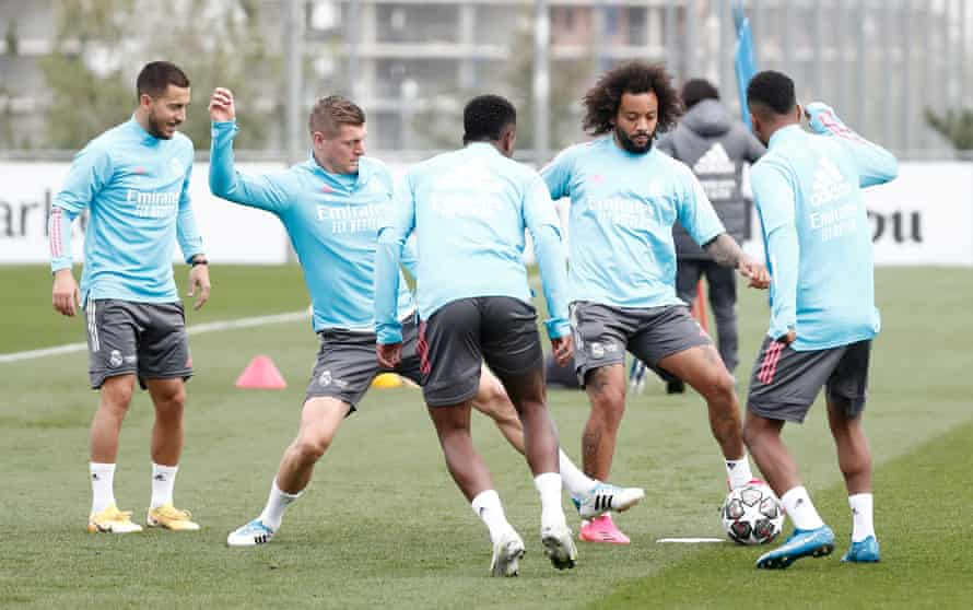 Marcelo and co get ready for Chelsea.