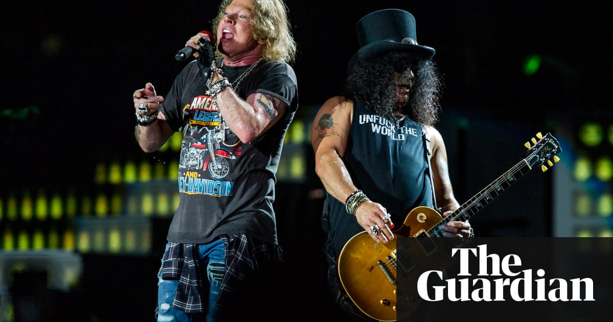 Lyric mr brownstone lyrics : Guns N' Roses review – comeback show takes us to Paradise City ...