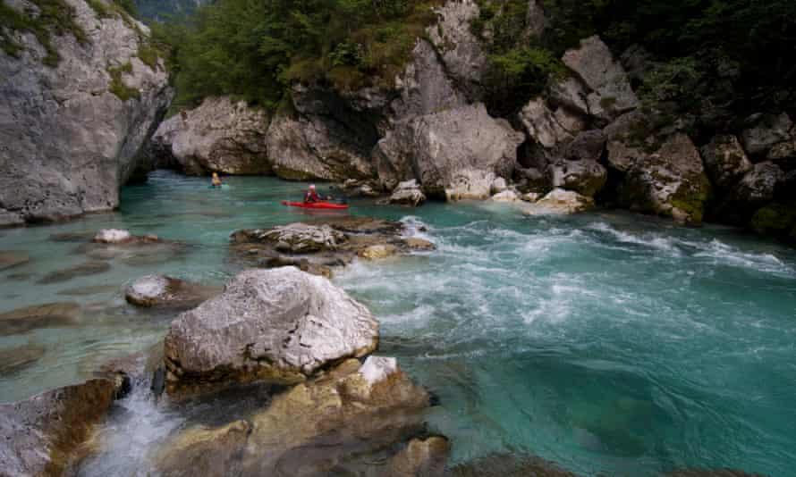 Slovenia, Gorica region, Bovec, Triglav National Park, canoeing in the gorges of Soca river