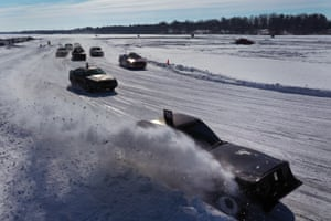 Rice Lake, Wisconsin: Drivers compete in a race on ice