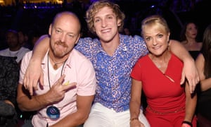 American teen influencer Logan Paul with his parents, Greg and Pam.