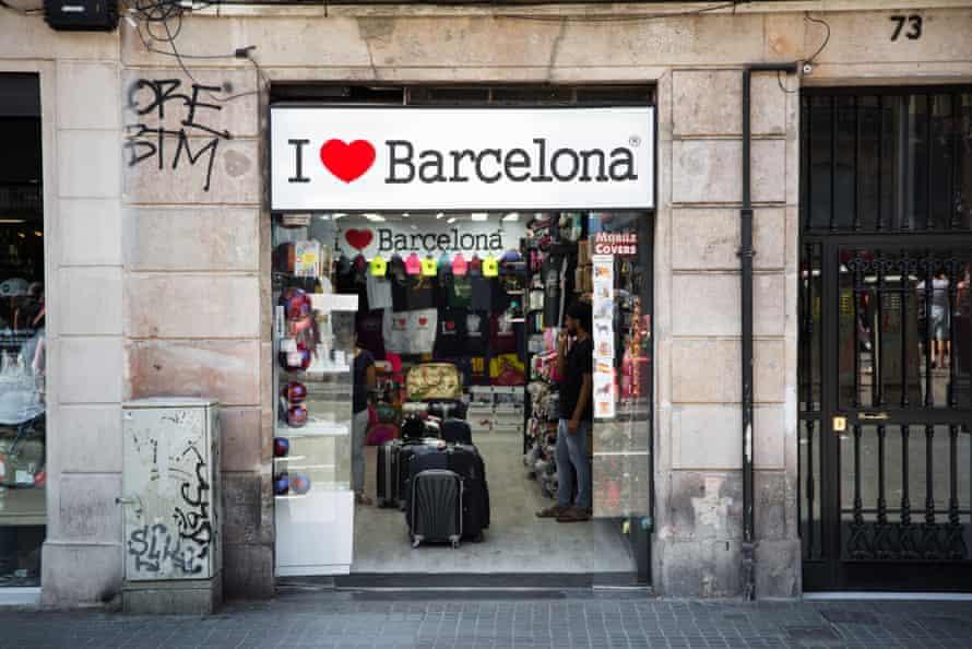 'I love Barcelona' sign above a shop in Barcelona.