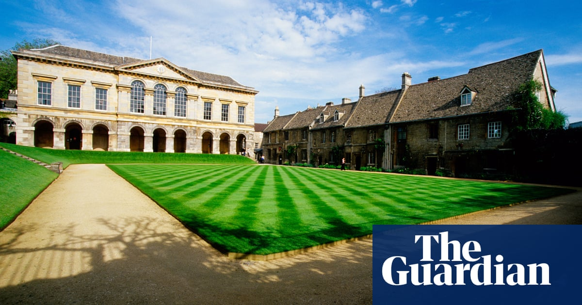 Lawn growers throw in the trowel as meadows replace perfect stripes