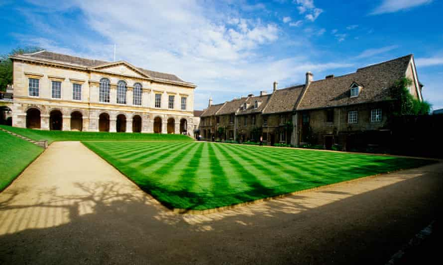 Front quad of Worcester College, Oxford.