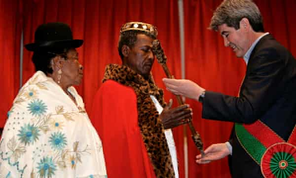 Julio Pinedo is crowned king of Afro-Bolivians by the governor of La Paz.