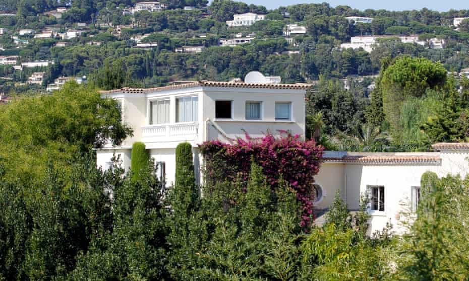 The Villa Fontaine Saint Georges.