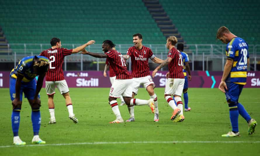 Franck Kessié celebrates his equaliser for Milan.