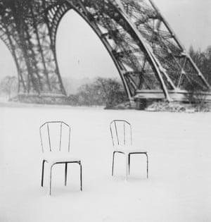 Sabine WeissParis (Chairs), 1952