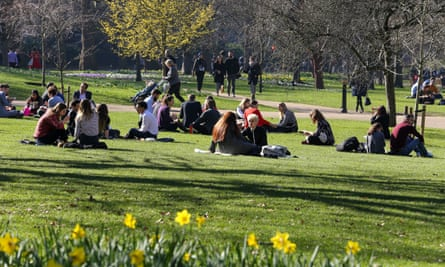 Unseasonably warm weather in St James's Park, London, on 25 February.