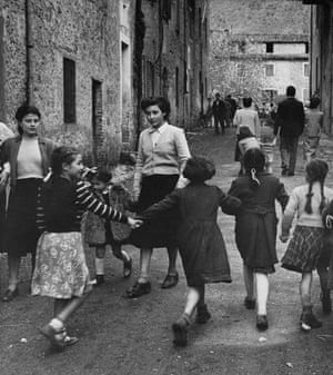 A group of girls in an Italian village in 1952