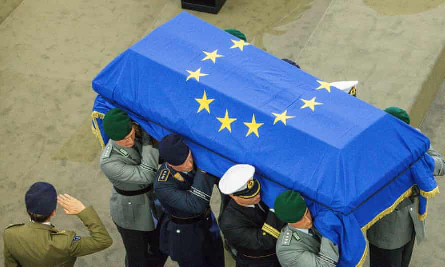 Helmut Kohl's coffin