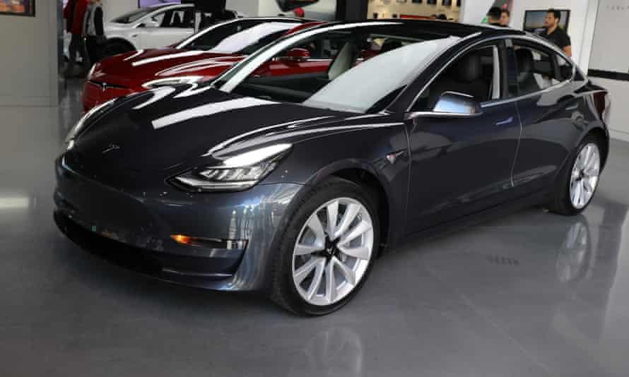 Tesla Model 3s