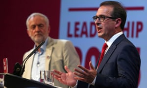 Labour leadership candidates Jeremy Corbyn (L) and Owen Smith.