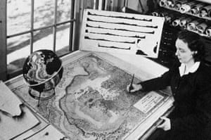 Marie Tharp at work on her maps of the Atlantic Ocean floor, early 1950s.
