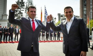 Tsipras and Zaev pose for the cameras.