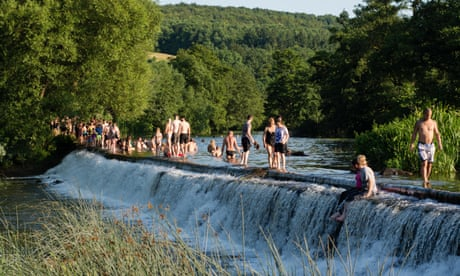 Wild swimming site removes online map to ease overcrowding