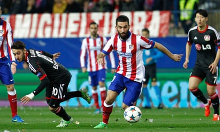 Arda Turan has agreed a five-year deal with Barcelona but the result of the club's presidential election could mean he returns to Atlético later this month.