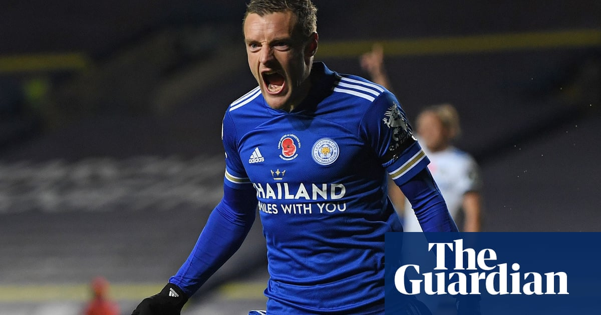 Jamie Vardy provides cutting edge as Leicester turn on the power at Leeds