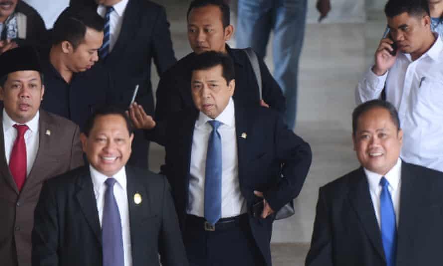 Indonesia's speaker of the house Setya Novanto arrives at parliament in Jakarta on November 15, 2017
