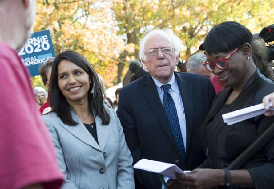 Bernie Sanders and Tulsi Gabbard on Capitol Hill in Washington DC on 17 November 2016.