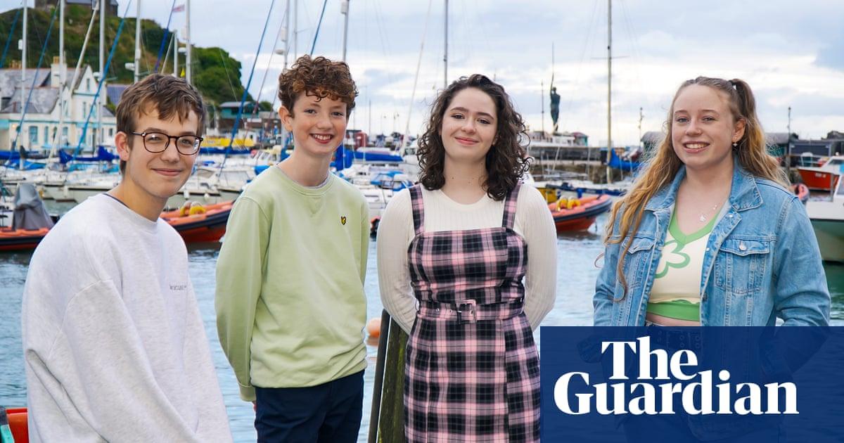 Devon teenagers inspire English schools with mental health resources