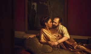Sophie Okonedo and Ralph Fiennes as Antony and Cleopatra in the National Theatre's 2018 production of Shakespeare's play.