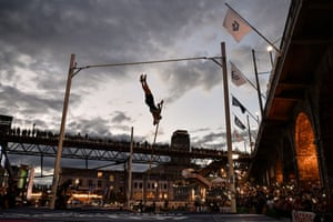 Lausanne: Sam Kendricks takes part in a men's pole vaulting exhibition at the street event Athletissima
