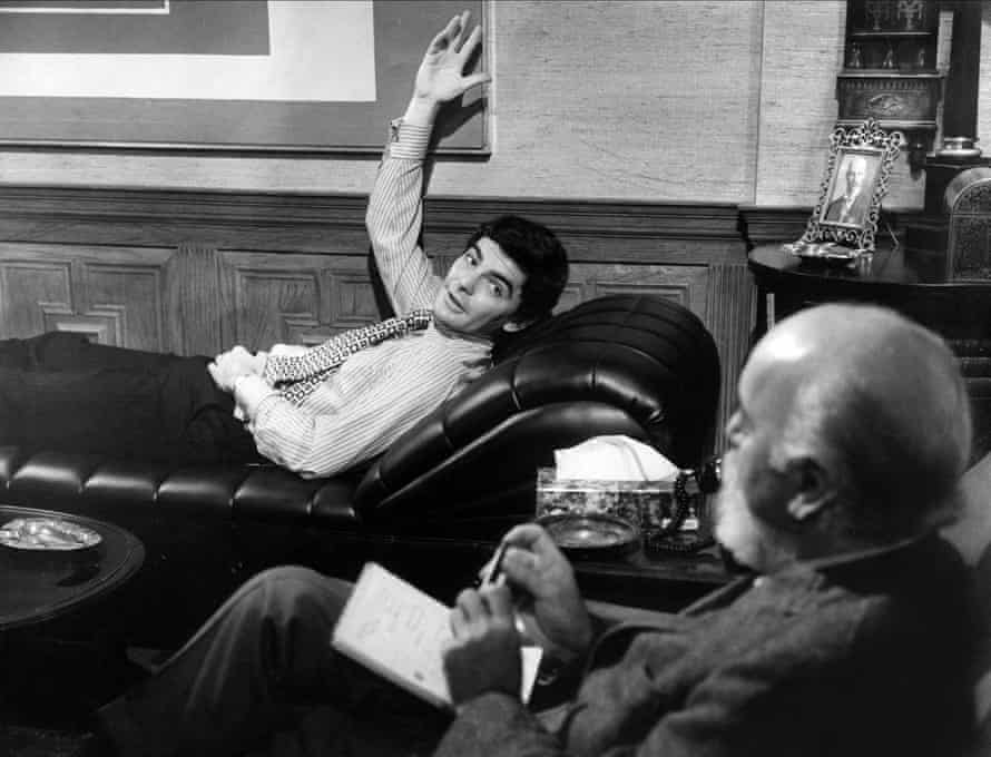 Richard Benjamin as Alexander Portnoy and DP Barnes as Dr Spielvogel in Ernest Lehman's Portnoy's Complaint (1972).