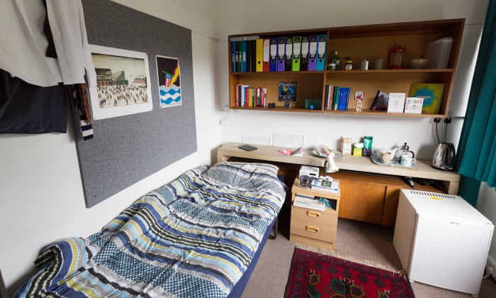 Thousands Of Uk Students Caught In Rent Trap By Private Landlords Money The Guardian