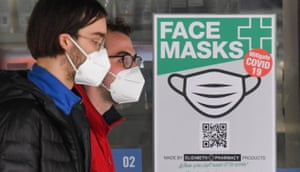 Wearing face masks in public is now compulsory in Melbourne.