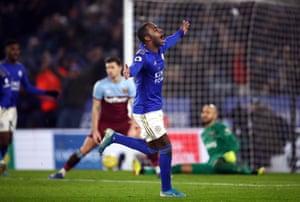 Leicester City's Ricardo Pereira celebrates scoring his side's second goal of the game.