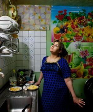 Teba Mohammed in her kitchen in Jalawla in Iraq