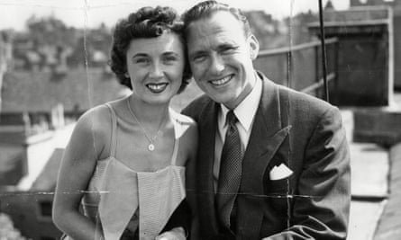 Pearl Carr and Teddy Johnson in 1952.