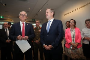 Malcolm Turnbull and Bill Shorten at the Australian War Memorial in Canberra