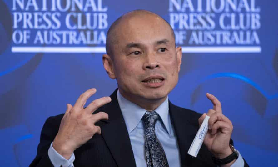 Wang Xining at the press club