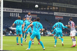 Kyle Bartley of West Bromwich Albion (5) heads towards goal.