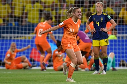 Netherlands' goalscorer Jackie Groenen (centre) celebrates after the final whistle.